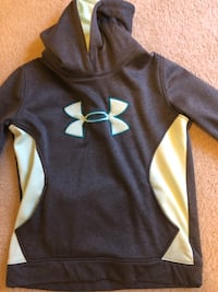 youth large hoodie  Holly Springs, 27540