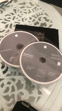 MAC OSX install disc 1&2 Santa Monica, 90405