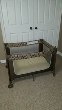 Playpen $60 Stoney Creek, L8J