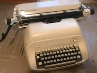 Vintage Mid century 1960s Royal Empress Typewriter Winnipeg, R2V 2S6
