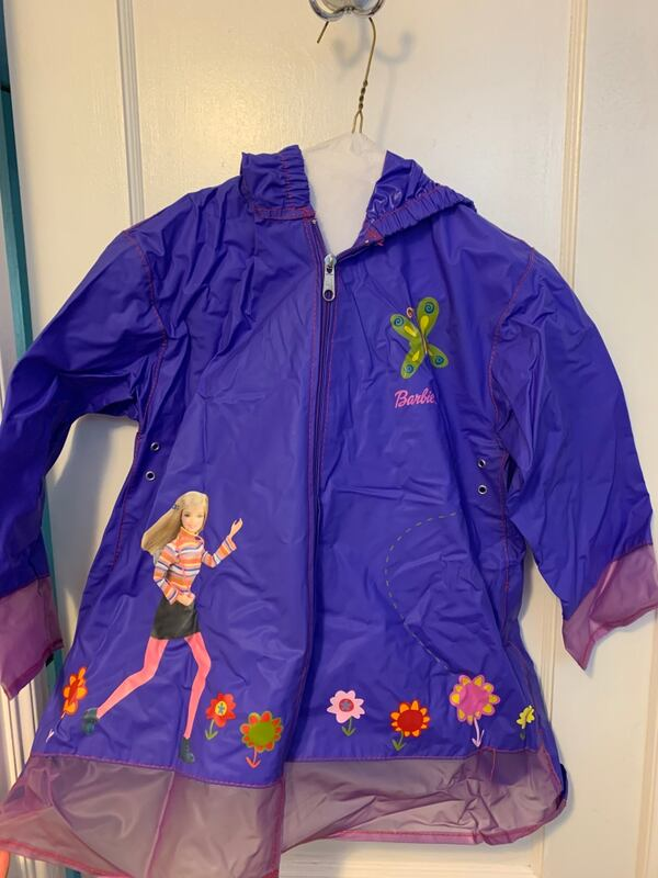 Girl's Rain Jacket & Accessories 0