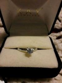 silver-colored Kay Jewelers clear gemstone ring with box