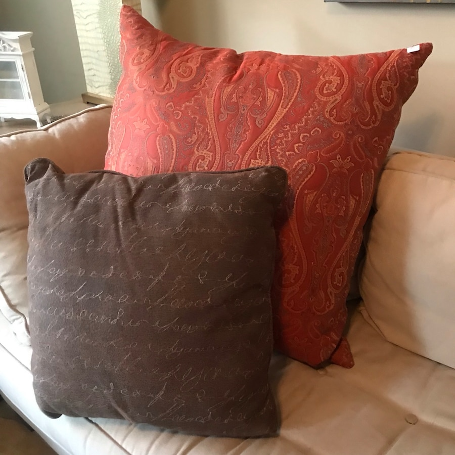 2 large high quality pillows-Anachini luxe!