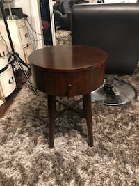 round brown wooden side table Los Angeles, 90038