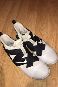 Size 13 Basketball shoes Mississauga, L5L 1R4