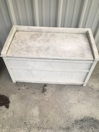 Outside storage container