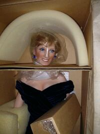 Princess Diana porcelain doll Dickinson, 77539