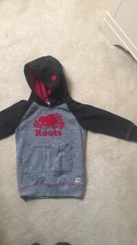 Roots sweater size 4T Brampton, L6R 3E6