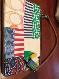 Little coach wristlet wallet Cooper City, 33328