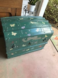 Antique wedding trunk  Kensington, 20895