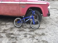 blue and black BMX bike Sainte-Catherine-de-Hatley, J0B