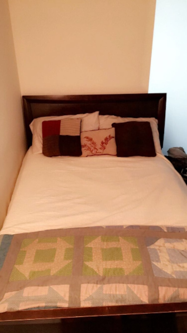 Full Bed with Mattress - Great Condition!