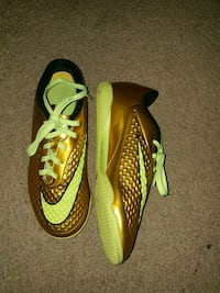 Indoor hypervenom child soccer shoes London, N5W 3P3