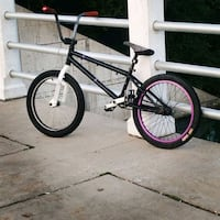white and black BMX bike Welland, L3C 5A6
