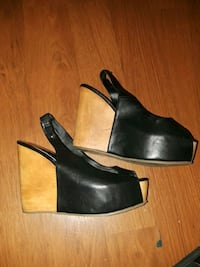 pair of black leather open-toe wedges Pittsburg, 94565