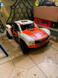 Traxxas UDR  Yonkers, 10701