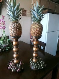 Candle holders loose grapes at bottom real pineapp North Las Vegas, 89030