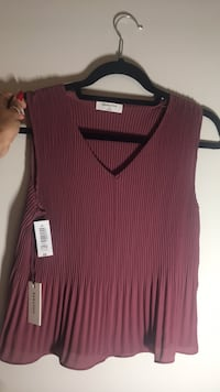 Burgundy babaton blouse brand new  Vaughan, L6A 4W4