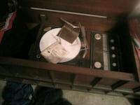Am fm record player made by zenith Virginia Beach, 23454