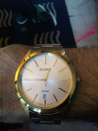 round gold-colored analog watch with link bracelet Surrey, V3Z