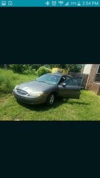 Ford - Taurus - 2003 Silver Spring, 20904