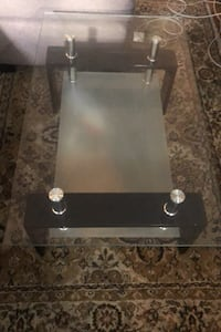 Glass coffee table Mississauga, L4Y