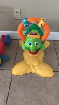 toddler's green and yellow ride-on toy Santa Maria, 93454