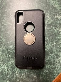 Otter box like new  1 month old with ring iPhone XS Bristow, 20136