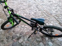mountain bike nera e verde Musano, 31040