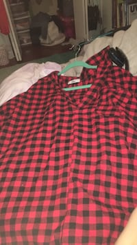 Oversized red and black plaid tunic shirt top