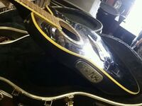 Ovation acoustic-electric guitar with hard case Yorkville, 60560