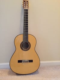 Brown classical guitar Fairfax, 22030