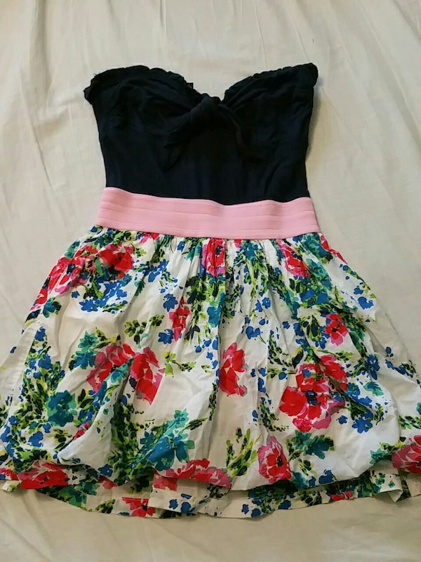 Strapless Dress with Front knot