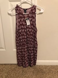 Burgundy Romper size medium with tags  Altamonte Springs, 32701