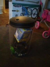 Fish tank and accessories/color changing light Knoxville, 37921