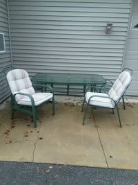 Patio set Garrettsville, 44231