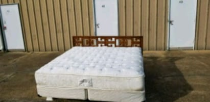 RETRO KING SIZE BED