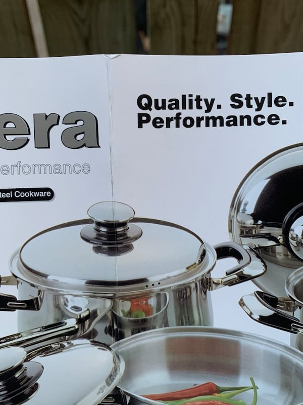 Carrera Stainless Steel Stock Pot 4ebb8ba3-adf0-4173-a62a-1b0bac7a460c