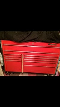 Red snap-on tool cabinet Westover, 26501