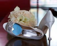 Mrs. blue heart shape foot petals tip toes Chicago, 60630
