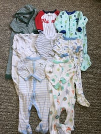 baby's assorted clothes 9_12 months