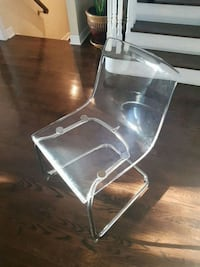 To is chair regular $100 Vaughan, L6A 2M1