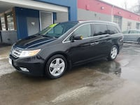 **PRICE DROP*** 2013 Honda Odyssey Touring with DVD, LEATHER, SUNROOF, BACKUP CAMERA, REMOTE START - Des Moines