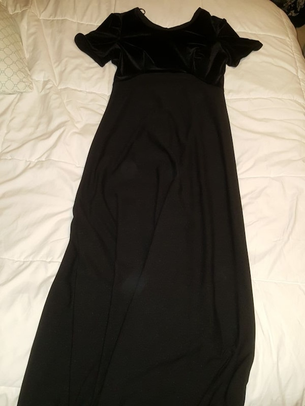 c87d16854c Used Floor length black formal dress for sale in Canton - letgo