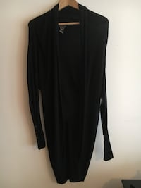 Black knit sweater  St Albert, T8N 0Z1