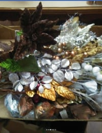 Stolen Silver and gold glitter leaves christmas ornaments 385 mi