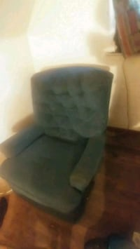 Reclining Chair Need To Be Cleaned No Bed Bugs ... Detroit