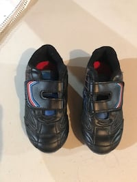 Outdoor soccer shoes size 10 Brampton, L6R 0P5