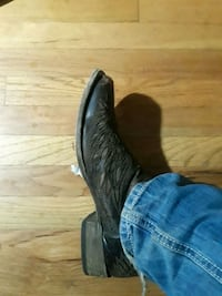 Nice corral boots 11.5  Lubbock, 79413