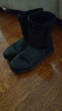 pair of black UGG boots Ajax, L1S 5S5